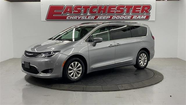 Used Chrysler Pacifica Touring L 2018 | Eastchester Motor Cars. Bronx, New York
