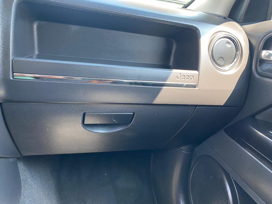 Used Jeep Patriot 4WD 4dr Latitude 2013 | Rite Cars, Inc. Lindenhurst, New York