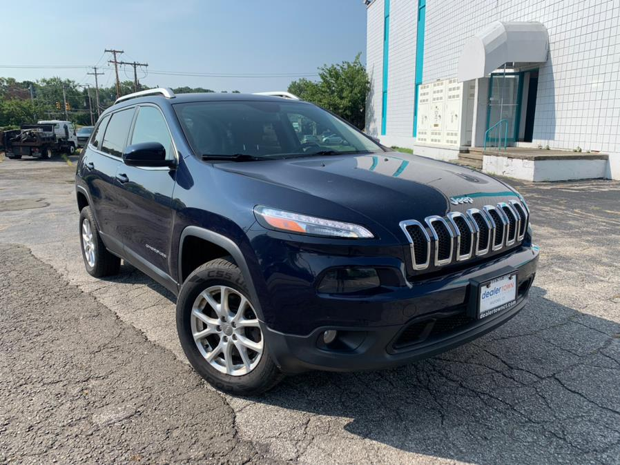 Used Jeep Cherokee 4WD 4dr Latitude 2014   Dealertown Auto Wholesalers. Milford, Connecticut