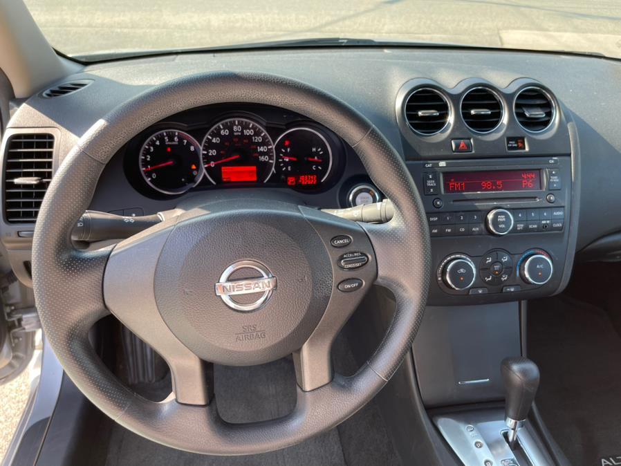 Used Nissan Altima 4dr Sdn I4 CVT 2.5 S 2010   New Beginning Auto Service Inc . Ashland , Massachusetts