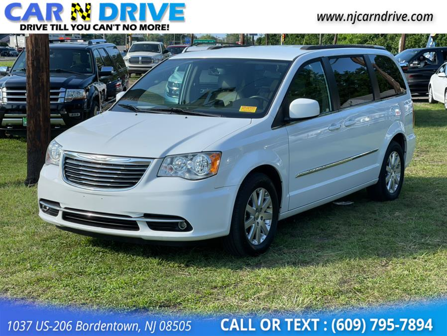 Used Chrysler Town & Country Touring 2015 | Car N Drive. Bordentown, New Jersey
