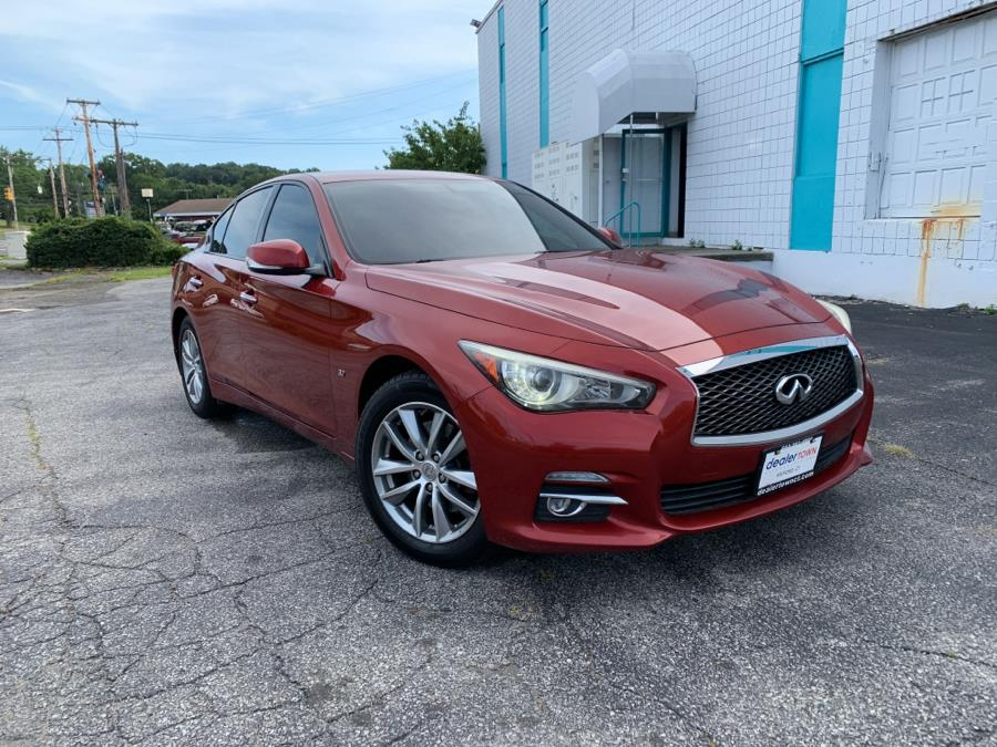 Used Infiniti Q50 4dr Sdn Sport AWD 2014 | Dealertown Auto Wholesalers. Milford, Connecticut