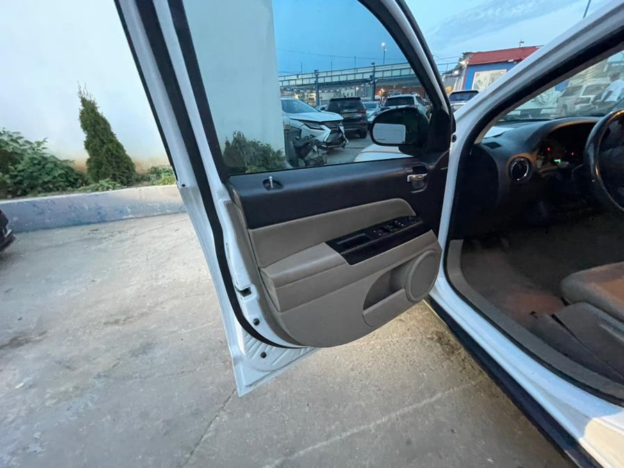 Used Jeep Compass 4WD 4dr Latitude 2013 | Brooklyn Auto Mall LLC. Brooklyn, New York