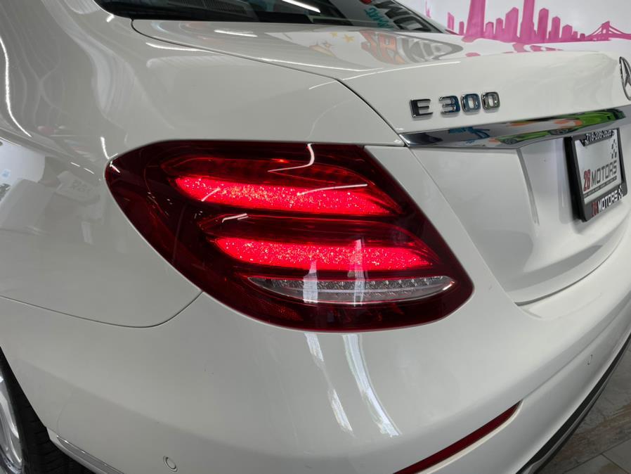 Used Mercedes-Benz E-Class Luxury Pkg E 300 4MATIC Sedan 2018 | Jamaica 26 Motors. Hollis, New York