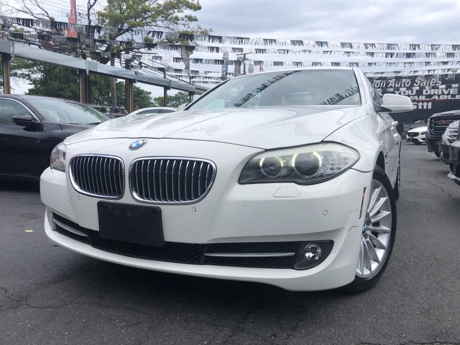 Used 2011 BMW 5 Series in Bronx, New York | Champion Auto Sales Of The Bronx. Bronx, New York