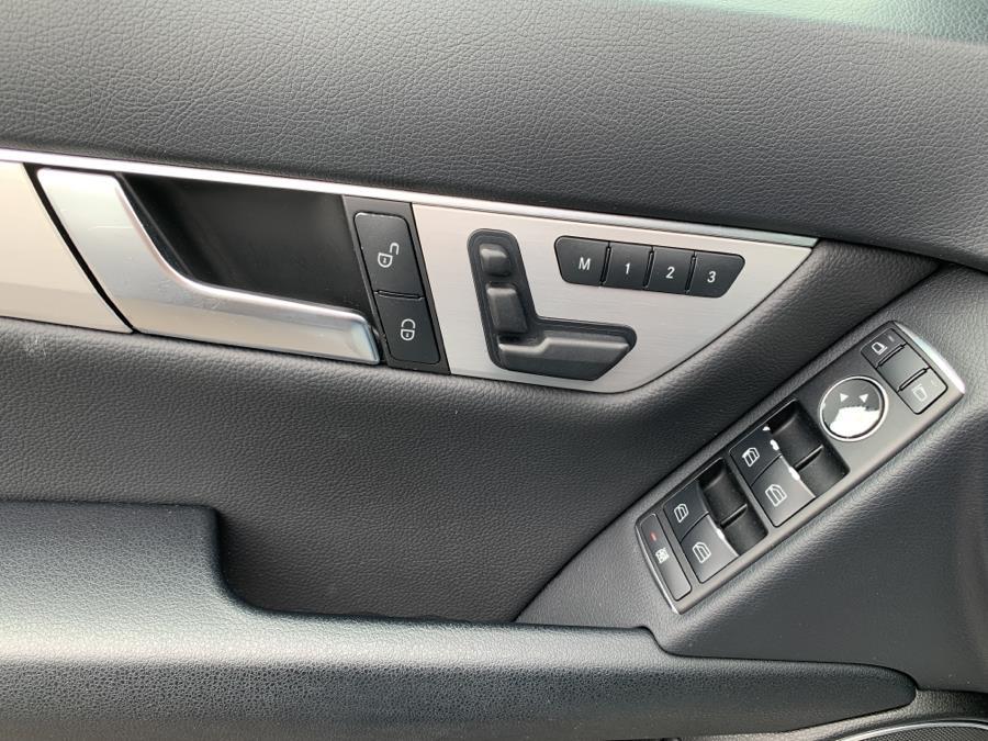 Used Mercedes-Benz C-Class c300 2014 | Jim Juliani Motors. Waterbury, Connecticut