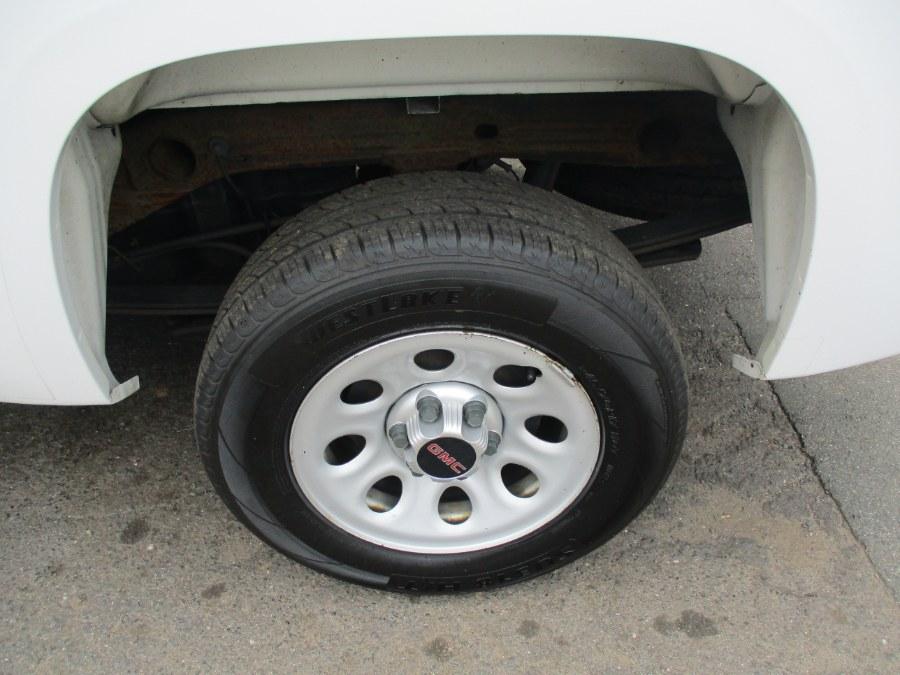 "Used GMC Sierra 1500 2WD Reg Cab 133.0"" Work Truck 2013   Cos Central Auto. Meriden, Connecticut"