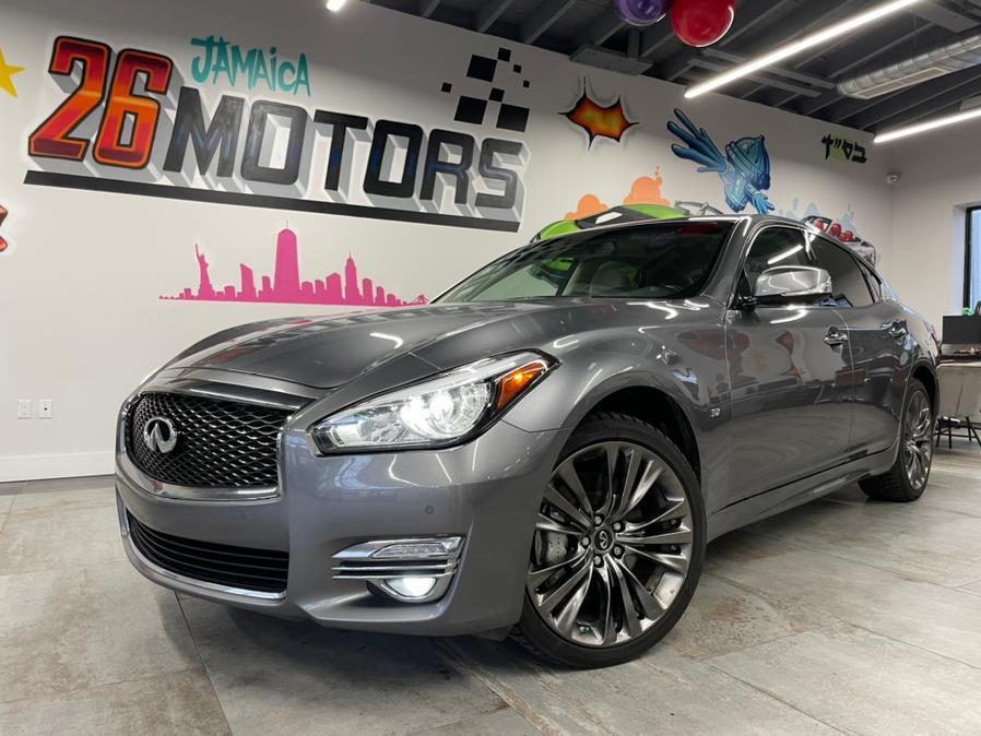 Used 2017 INFINITI Q70 in Hollis, New York | Jamaica 26 Motors. Hollis, New York