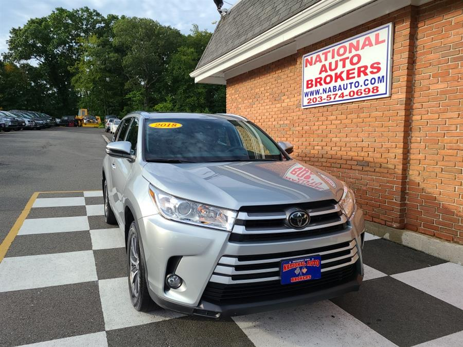 Used Toyota Highlander XLE V6 AWD 2018   National Auto Brokers, Inc.. Waterbury, Connecticut