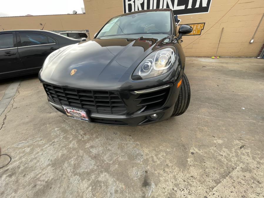 Used Porsche Macan AWD 2017 | Brooklyn Auto Mall LLC. Brooklyn, New York