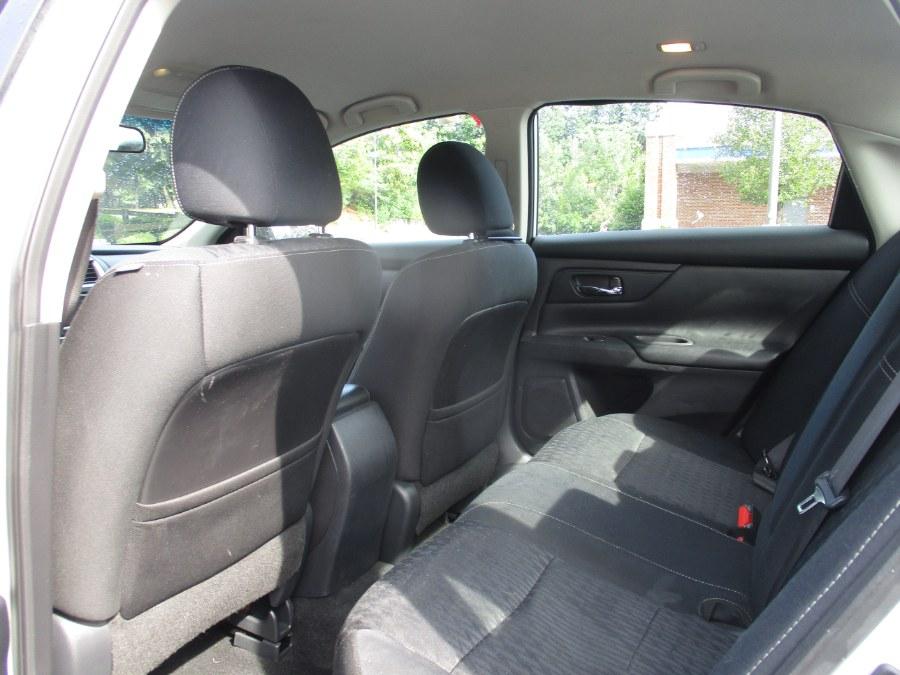 Used Nissan Altima 2.5 SV Sedan 2018 | Universal Motors LLC. New Britain, Connecticut