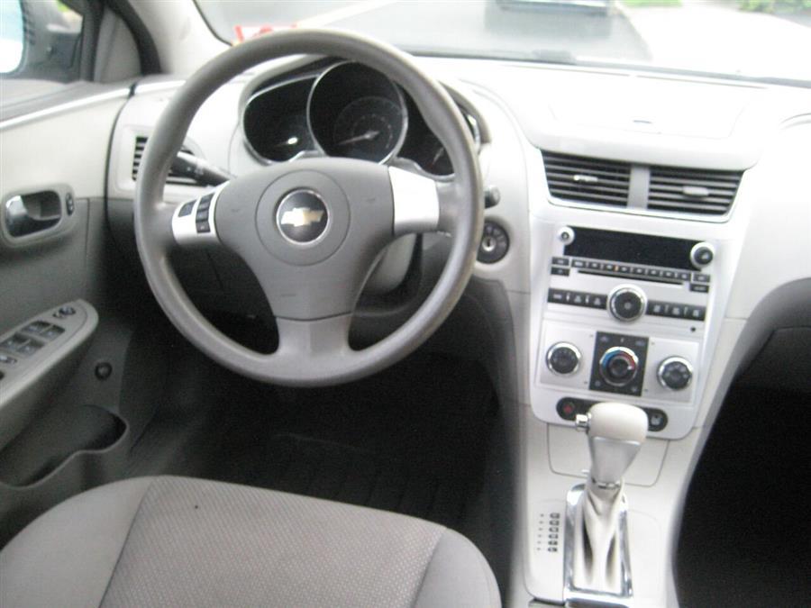 Used Chevrolet Malibu LS 4dr Sedan 2010   Rite Choice Auto Inc.. Massapequa, New York