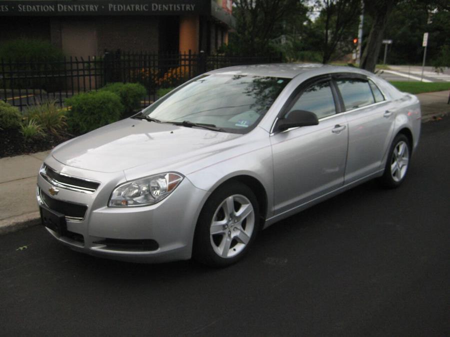 Used 2010 Chevrolet Malibu in Massapequa, New York | Rite Choice Auto Inc.. Massapequa, New York