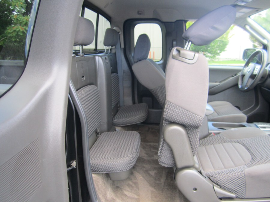 Used Nissan Frontier 4WD King Cab Manual SV 2011 | A-Tech. Medford, Massachusetts