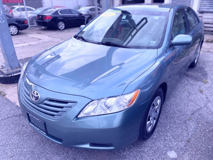 Used 2009 Toyota Camry in Middle Village, New York | Middle Village Motors . Middle Village, New York