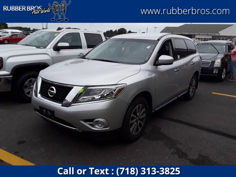 Used Nissan Pathfinder 4WD 4dr S 2014   Rubber Bros Auto World. Brooklyn, New York