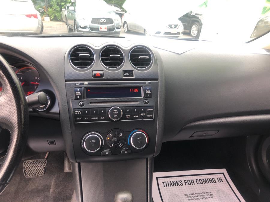 Used Nissan Altima 2dr Cpe I4 CVT 2.5 S 2009 | Auto Haus of Irvington Corp. Irvington , New Jersey