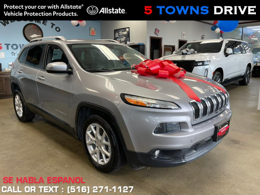 Used Jeep Cherokee FWD 4dr Latitude 2014   5 Towns Drive. Inwood, New York