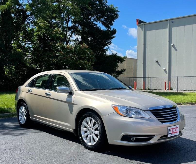 Used Chrysler 200 4dr Sdn Limited 2014   A-Tech. Medford, Massachusetts