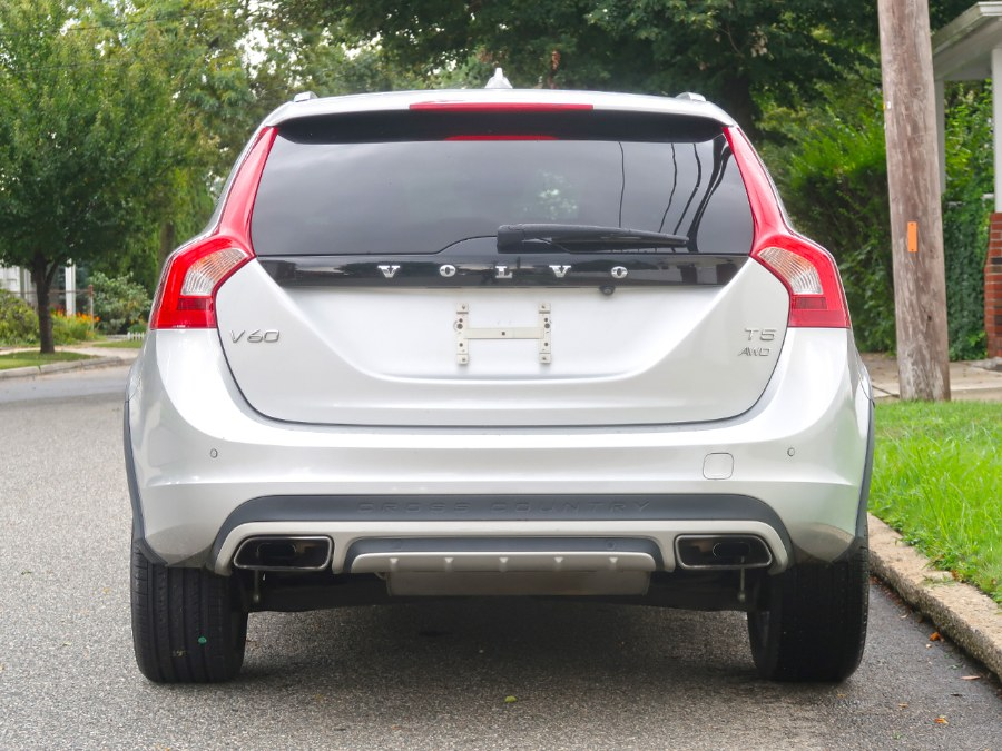 Used Volvo V60 Cross Country T5 2018 | Auto Expo Ent Inc.. Great Neck, New York