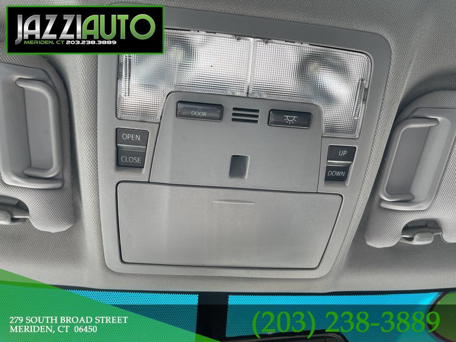 Used Toyota Camry 4dr Sdn I4 Auto XSE (Natl) 2015 | Jazzi Auto Sales LLC. Meriden, Connecticut