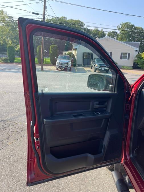 "Used Ram 1500 4WD Crew Cab 140.5"" Express 2014 | New Beginning Auto Service Inc . Ashland , Massachusetts"