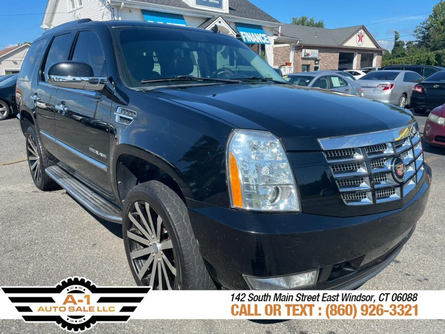 Used 2012 Cadillac Escalade in East Windsor, Connecticut | A1 Auto Sale LLC. East Windsor, Connecticut