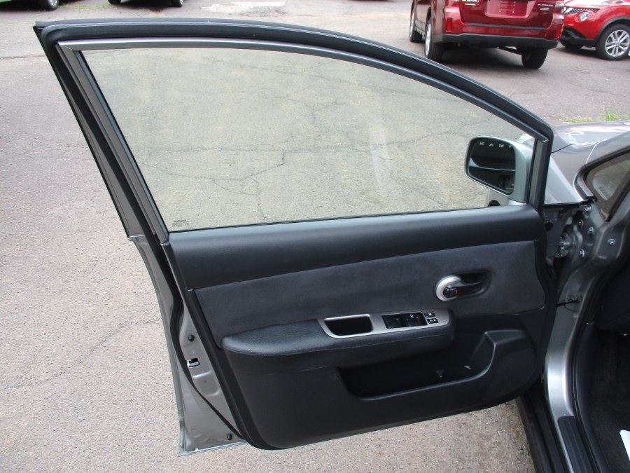 Used Nissan Versa S 2008 | Cos Central Auto. Meriden, Connecticut