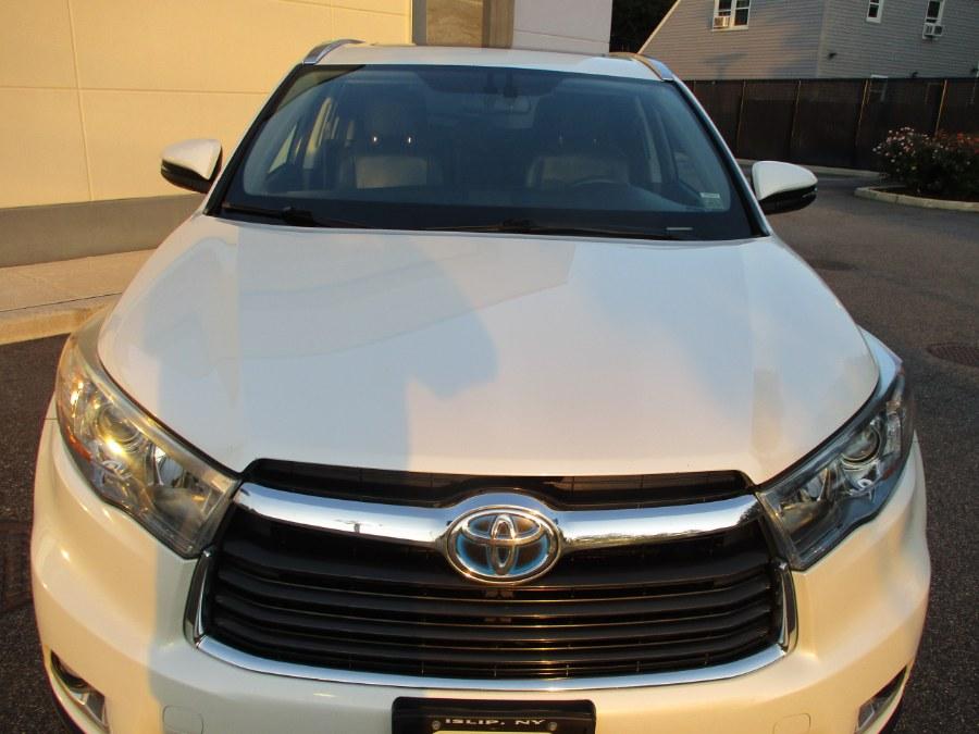Used Toyota Highlander Hybrid AWD 4dr Limited (Natl) 2014 | South Shore Auto Brokers & Sales. Massapequa, New York