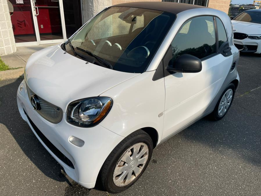 Used smart fortwo 2dr Cpe Pure 2016   Evolving Motorsports. Bayshore, New York