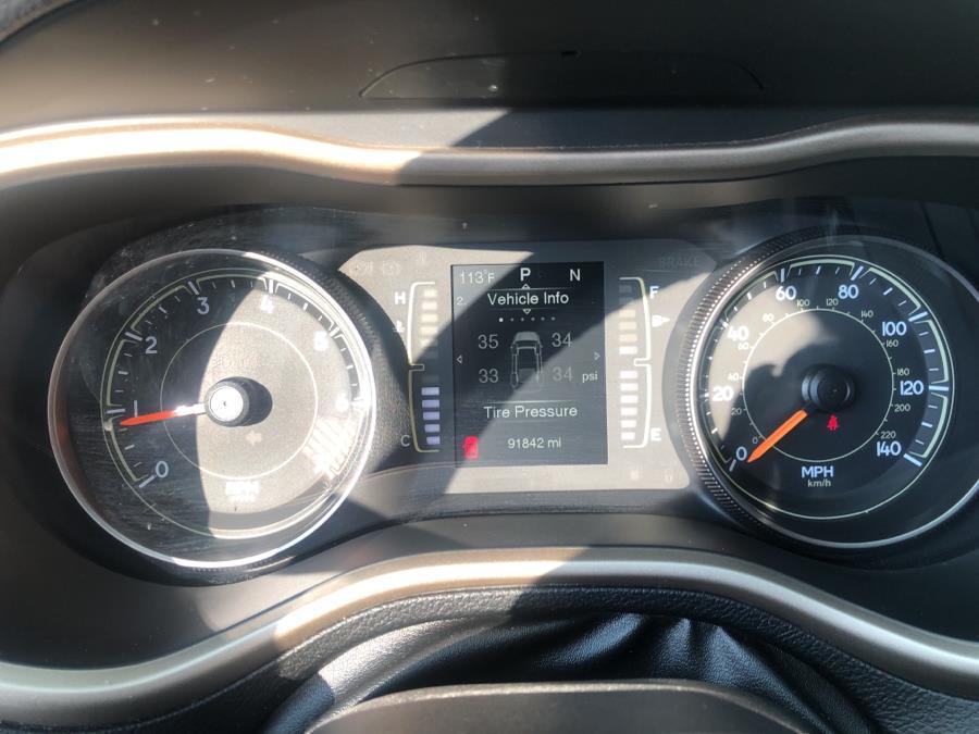 Used Jeep Cherokee 4WD 4dr Latitude 2015   Auto Haus of Irvington Corp. Irvington , New Jersey