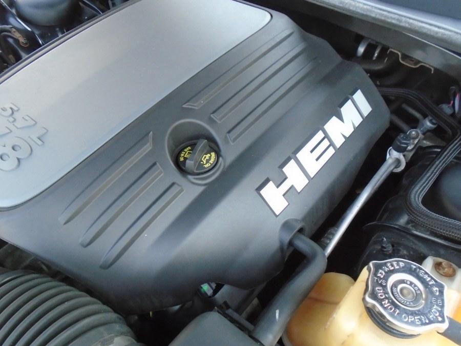 Used Dodge Challenger 2dr Cpe R/T 2009 | Jim Juliani Motors. Waterbury, Connecticut
