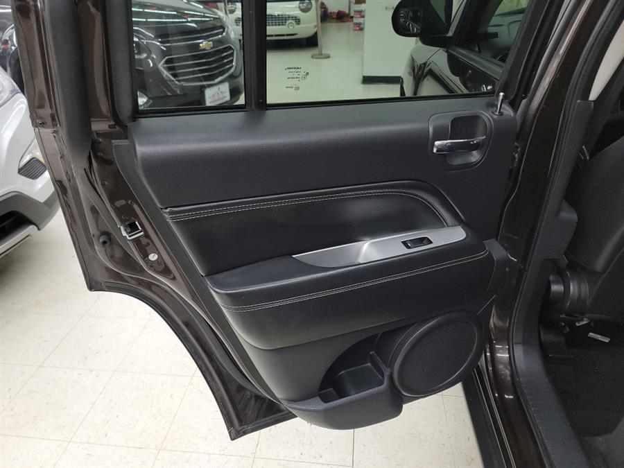 2014 Jeep Compass 4WD 4dr Latitude, available for sale in West Haven, CT