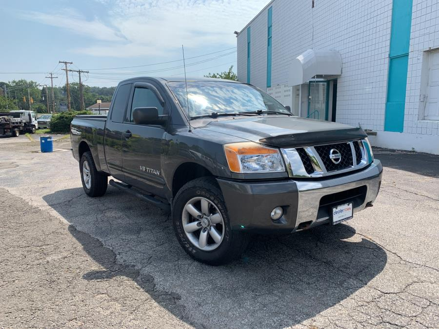 Used Nissan Titan 4WD King Cab SWB SV 2012   Dealertown Auto Wholesalers. Milford, Connecticut