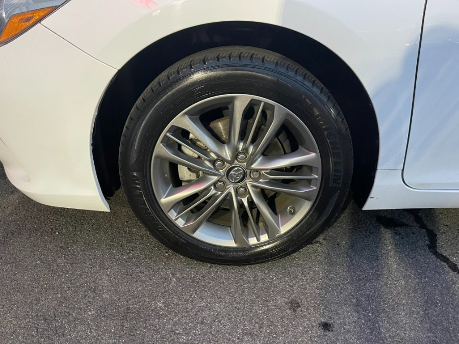 Used Toyota Camry SE Automatic (Natl) 2017 | DZ Automall. Paterson, New Jersey