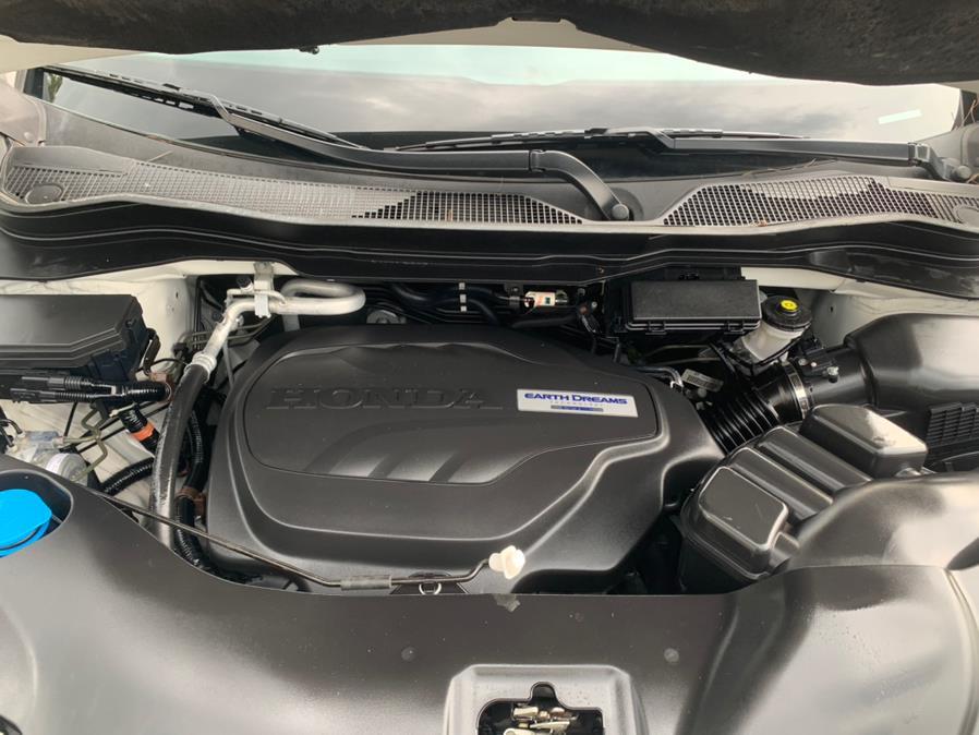 Used Honda Pilot Touring AWD 2017 | Auto Haus of Irvington Corp. Irvington , New Jersey