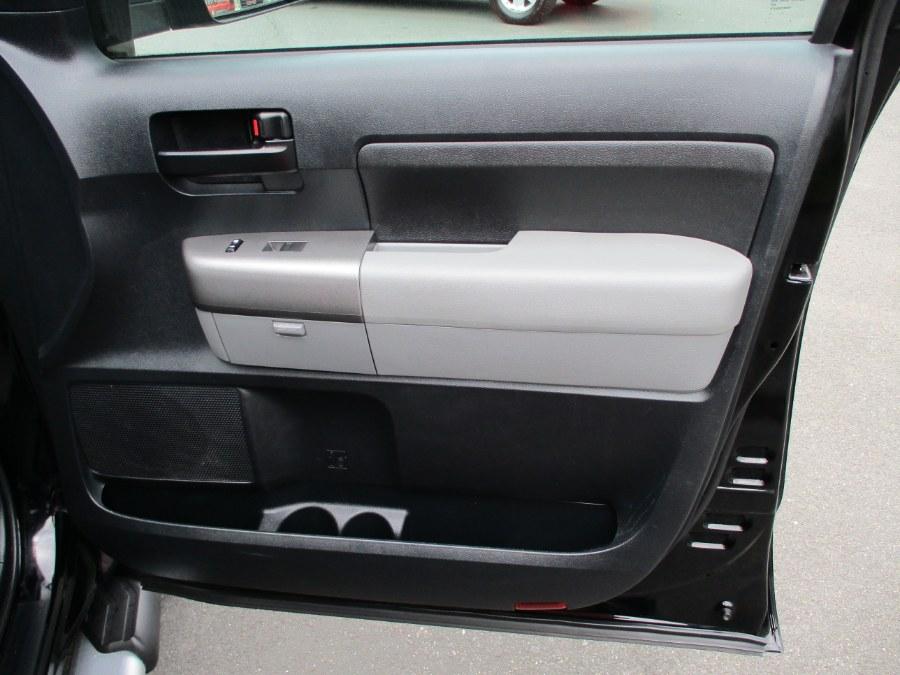 Used Toyota Tundra 4WD Truck CrewMax 5.7L V8 6-Spd AT (Natl) 2011   Suffield Auto Sales. Suffield, Connecticut