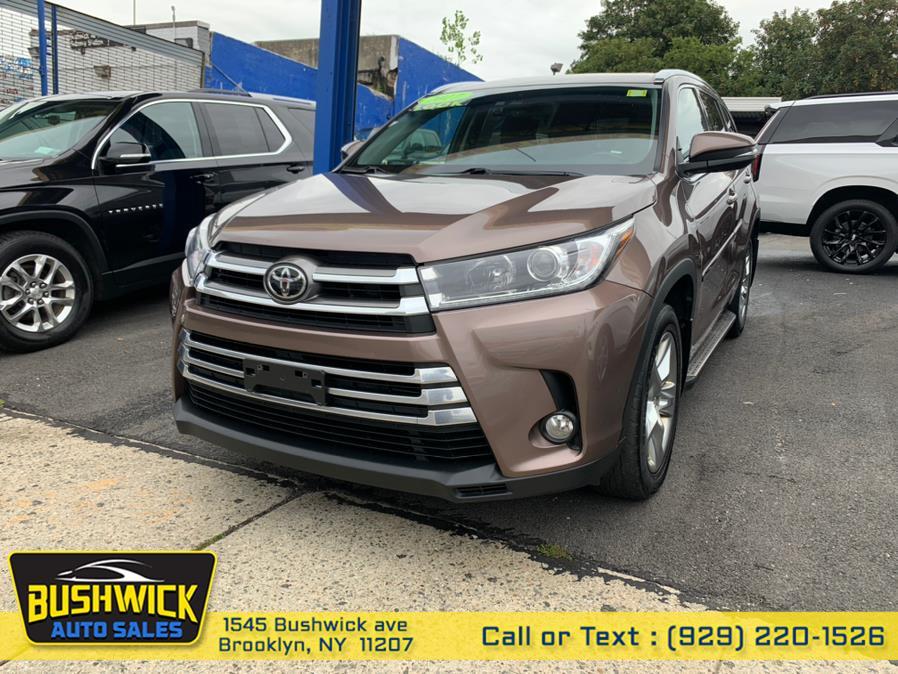 Used 2017 Toyota Highlander in Brooklyn, New York | Bushwick Auto Sales LLC. Brooklyn, New York
