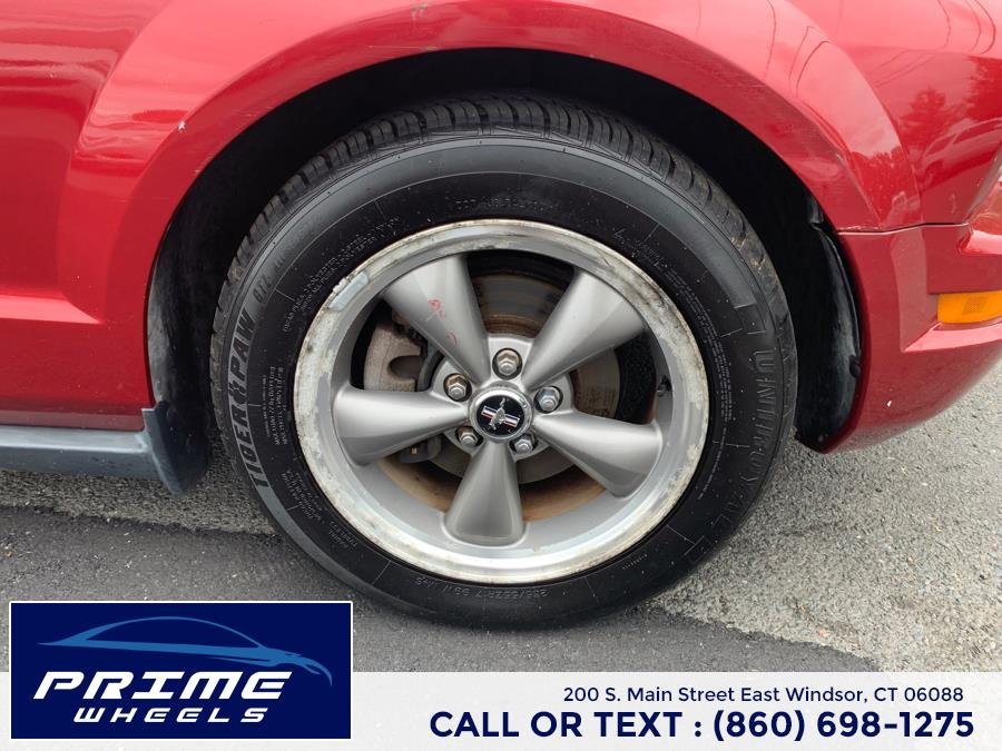 Used Ford Mustang 2dr Cpe Standard 2006 | Prime Wheels. East Windsor, Connecticut