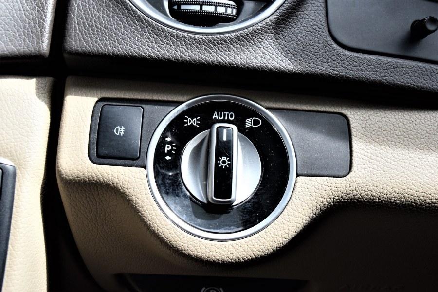 Used Mercedes-Benz C-Class 4dr Sdn C300 Sport 4MATIC 2012 | Rahib Motors. Winter Park, Florida