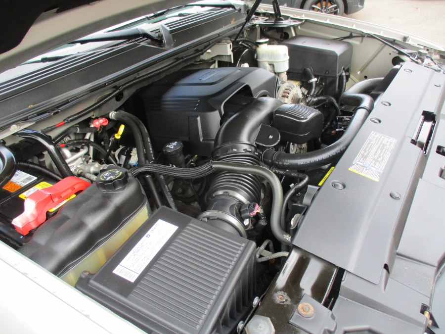 Used Chevrolet Tahoe 4WD 4dr 1500 LTZ 2007 | Cos Central Auto. Meriden, Connecticut