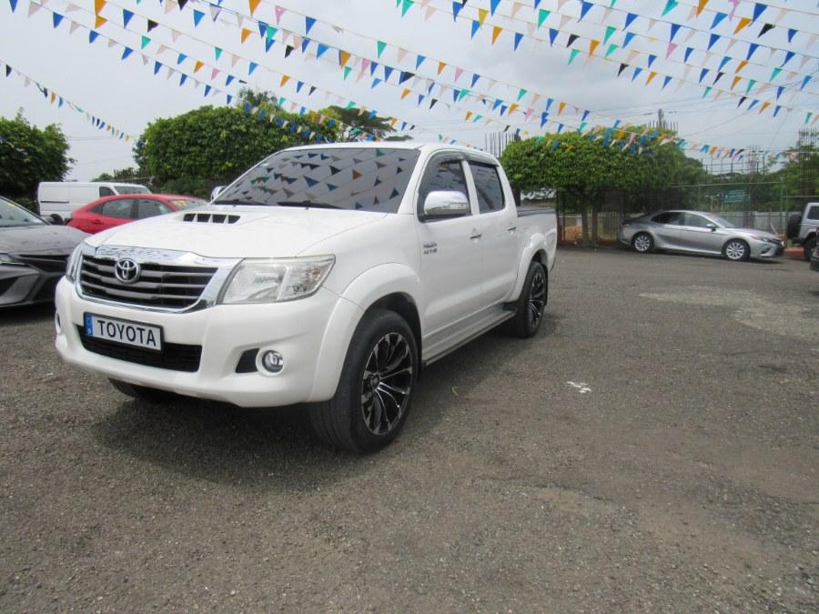 Used Toyota HILUX SRV 4WD 2015 | Hilario Auto Import. San Francisco de Macoris Rd, Dominican Republic