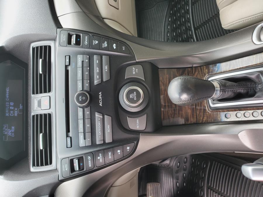 Used Acura TL 4dr Sdn Auto 2WD 2013   Capital Lease and Finance. Brockton, Massachusetts