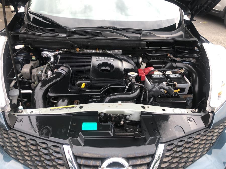 Used Nissan JUKE 5dr Wgn CVT SV AWD 2013 | Auto Haus of Irvington Corp. Irvington , New Jersey