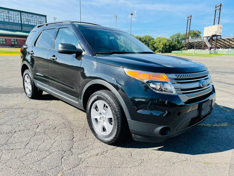 Used Ford Explorer 4WD 4dr Base 2013   Supreme Automotive. New Britain, Connecticut