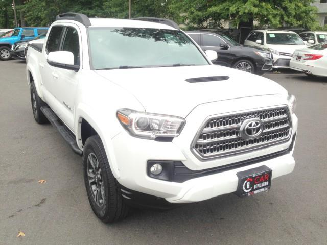 Used Toyota Tacoma TRD Sport 4WD w/ Navi & rearCam 2017   Car Revolution. Maple Shade, New Jersey