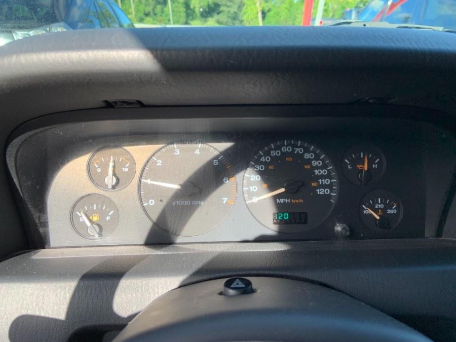 Used Jeep Grand Cherokee 4dr Laredo 4WD 2004   Bridge Motors LLC. Derby, Connecticut