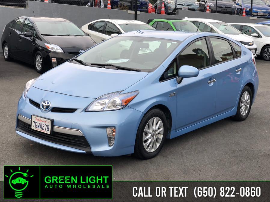 Used Toyota Prius Plug-In Advanced 2014 | Green Light Auto Wholesale. Daly City, California