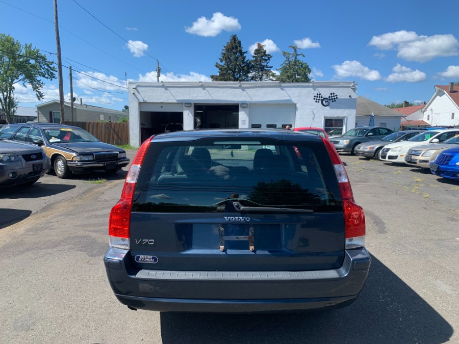 Used Volvo V70 2.4L Auto w/Sunroof 2006 | CT Car Co LLC. East Windsor, Connecticut