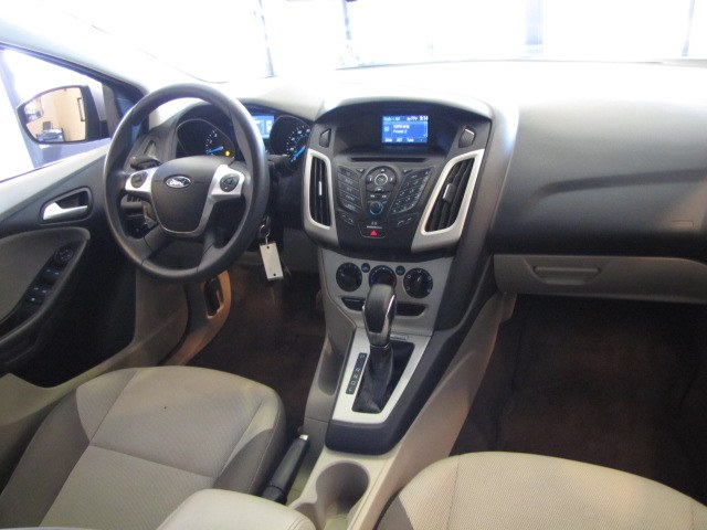 Used Ford Focus 4dr Sdn SE 2014   Auto Network Group Inc. Placentia, California